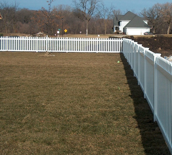 3.5' Meadowbrook Picket Fence-490