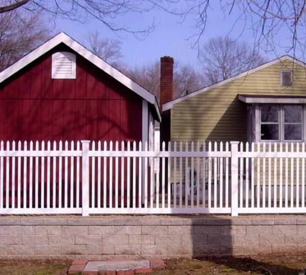 3.5' Aspen Picket Fence-216