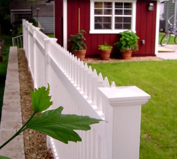 4' Aspen Picket Fence-222