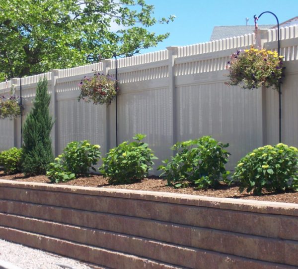 Palisade Privacy Fence