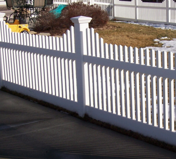 4' Cascade Picket Fence-0