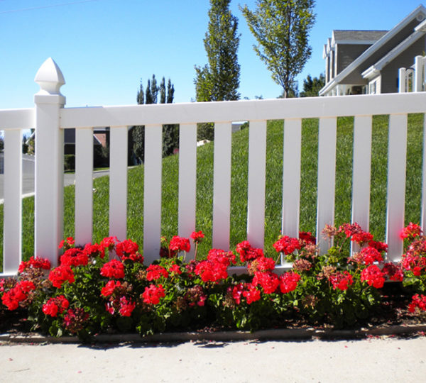 4' Town & Country Picket Fence-324